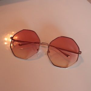 Accessories - Sunglasses - Add-on item only